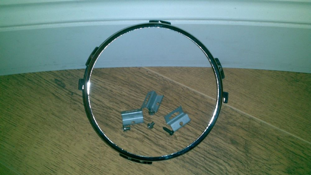 AUSTIN ALLEGRO VDP AND HL NEW CHROME HEADLAMP RETAINERS x 1 (FREE UK POST)